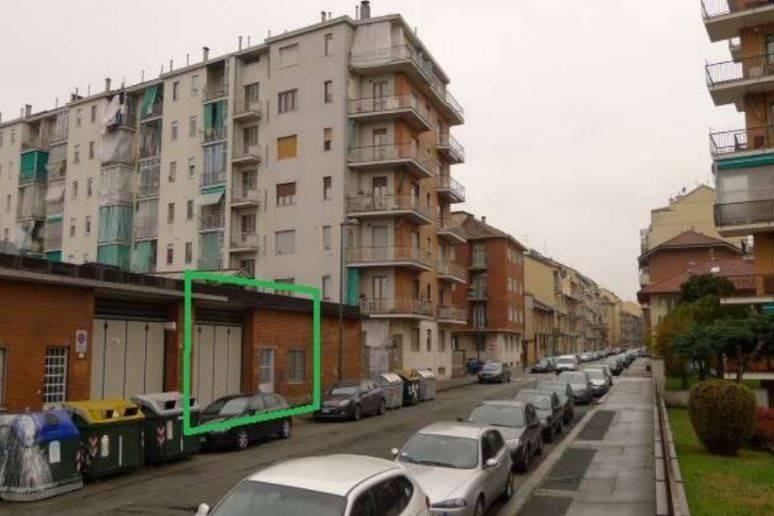 Capannone in vendita a Torino, 6 locali, zona Borgo Vittoria, Madonna di Campagna, Barriera di Lanzo, prezzo € 75.000 | PortaleAgenzieImmobiliari.it