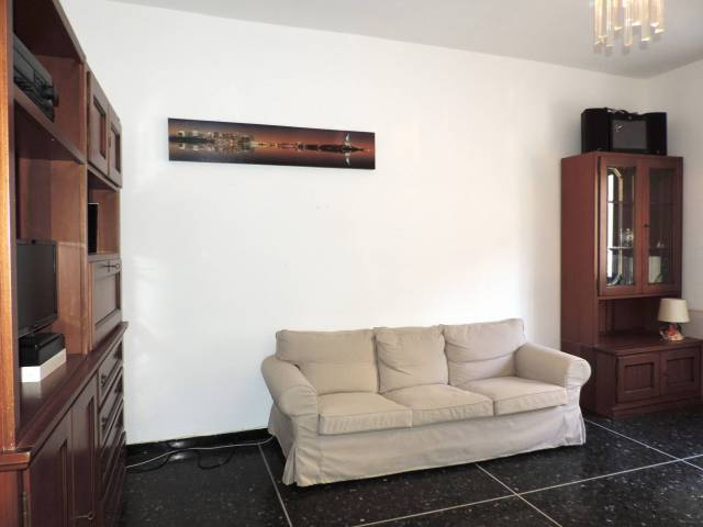 Appartamento in Vendita a Genova Periferia Est: 3 locali, 90 mq