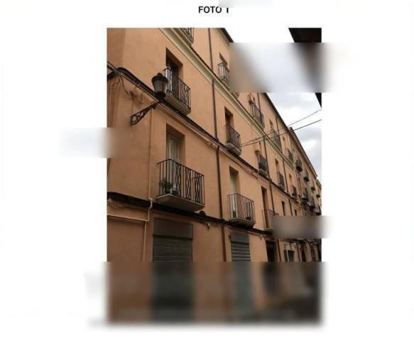 Appartamento in buone condizioni parzialmente arredato in vendita Rif. 6330797