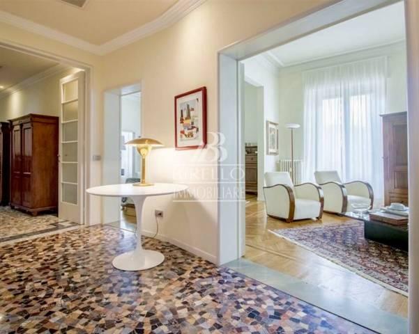 Appartamento in Vendita a Firenze Centro: 5 locali, 220 mq