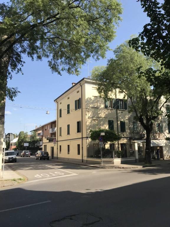 Appartamento in ottime condizioni in affitto Rif. 6332466