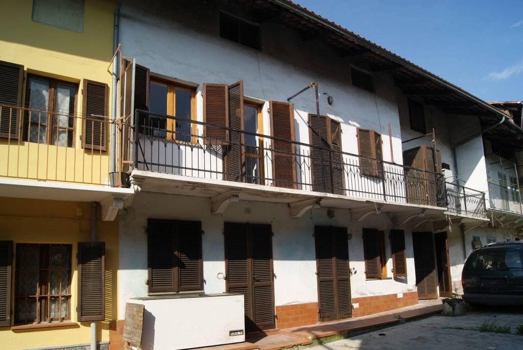 Casa Indipendente in buone condizioni in vendita Rif. 6344634