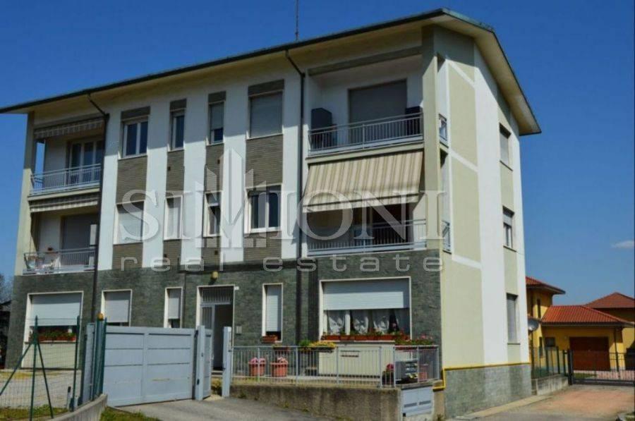 Appartamento in ottime condizioni parzialmente arredato in vendita Rif. 6344563