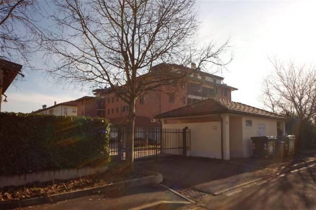 Appartamento in buone condizioni arredato in vendita Rif. 7271380
