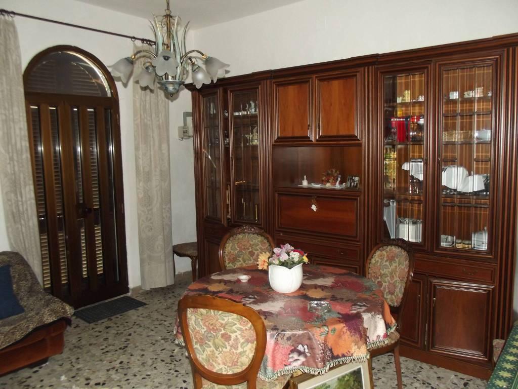 Appartamento in Vendita a Pontedera Semicentro:  3 locali, 84 mq  - Foto 1