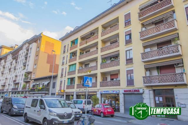 Appartamento in buone condizioni arredato in vendita Rif. 6817359