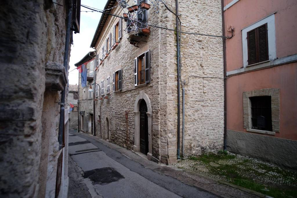 Monteleone Sabino (RI) Appartamento al centro storico