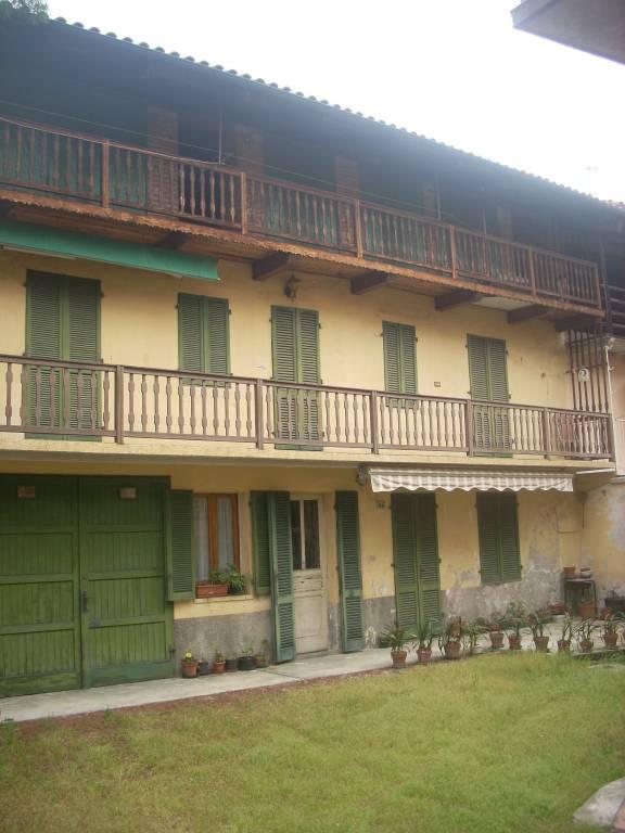 Casa Indipendente in buone condizioni in vendita Rif. 6378216