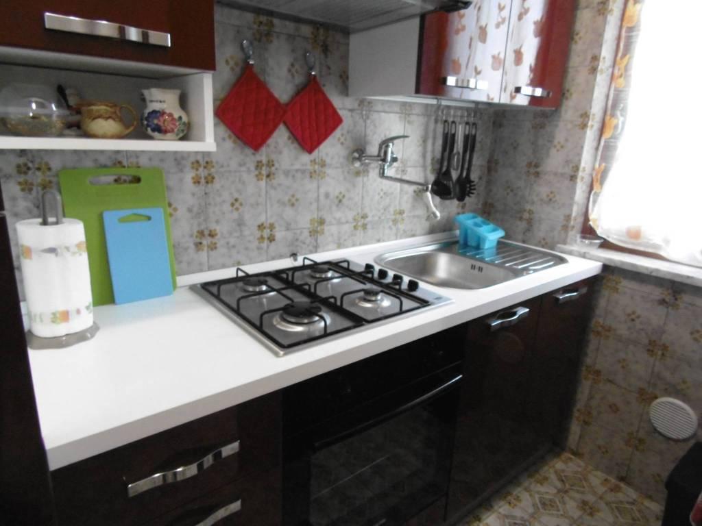 Appartamento in buone condizioni arredato in affitto Rif. 6382503