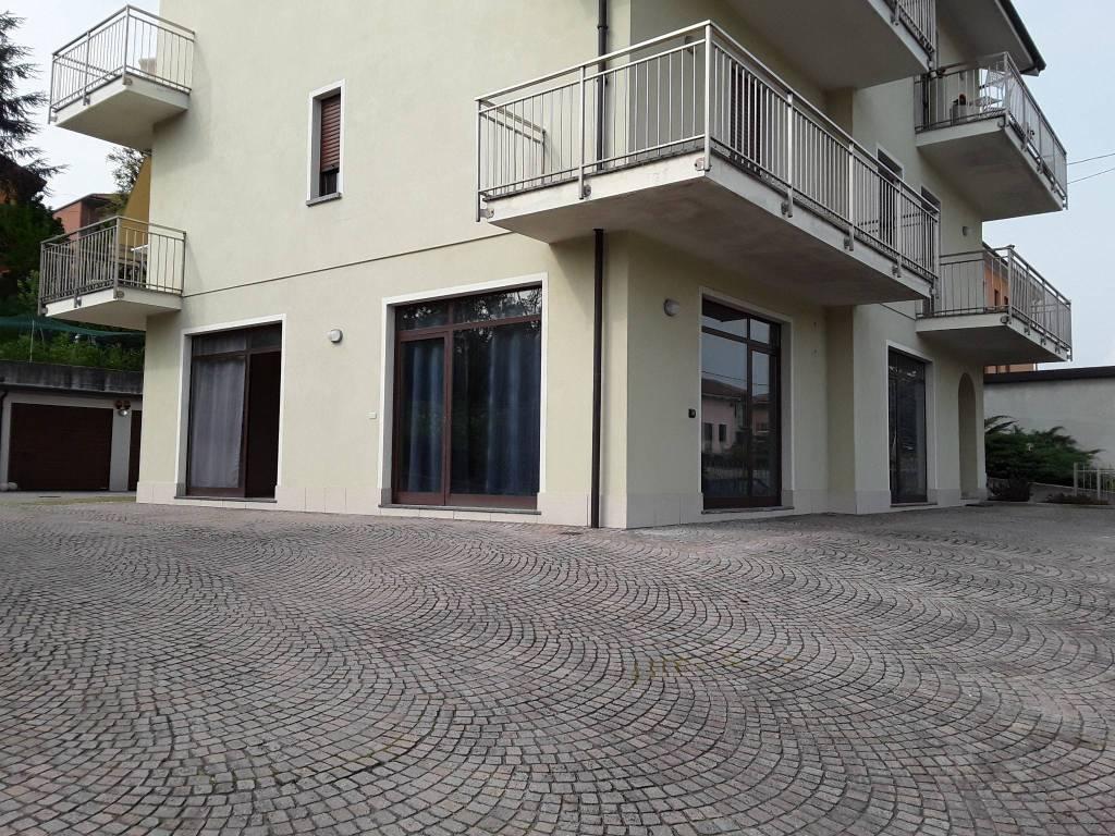 Negozio / Locale in affitto a Priocca, 3 locali, prezzo € 600   PortaleAgenzieImmobiliari.it
