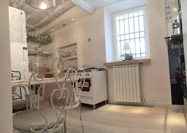 Casa indipendente in vendita 3 vani 40 mq.  piazza Niccolò Tommaseo Firenze