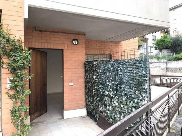 Appartamento in buone condizioni in vendita Rif. 6387513