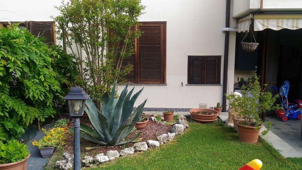Appartamento in ottime condizioni parzialmente arredato in vendita Rif. 8718659