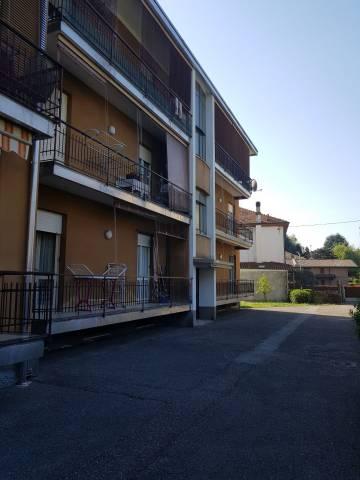 Appartamento in vendita a Cermenate, 3 locali, prezzo € 90.000   CambioCasa.it