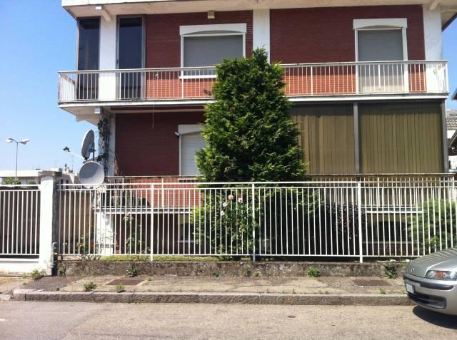 Villa in buone condizioni in vendita Rif. 6391233