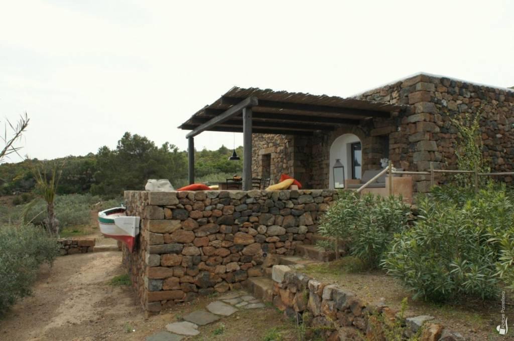 Rustico / Casale in ottime condizioni in vendita Rif. 6394248