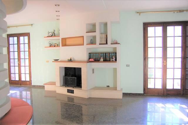 Casa Indipendente in buone condizioni in vendita Rif. 4990855