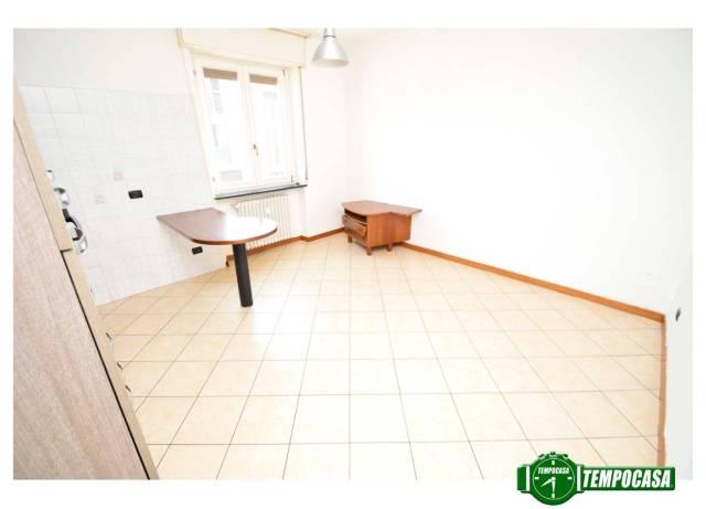 Appartamento in buone condizioni in vendita Rif. 6402352