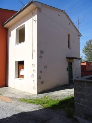 Soluzione Indipendente in vendita a Cascina, 3 locali, prezzo € 99.000   CambioCasa.it