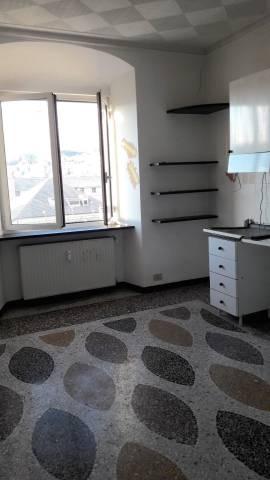 Ufficio-studio in Affitto a Genova Periferia Est: 2 locali, 40 mq