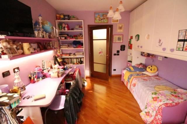 Appartamento in ottime condizioni in vendita Rif. 6407748
