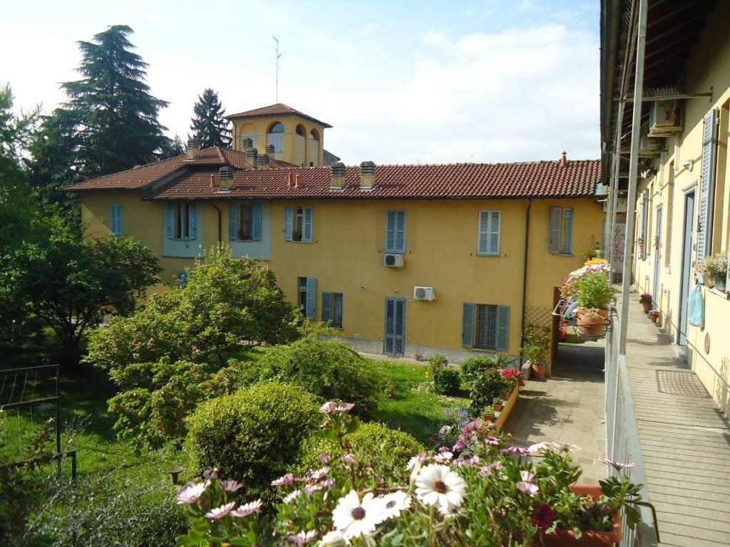 Appartamento in buone condizioni arredato in affitto Rif. 7859341