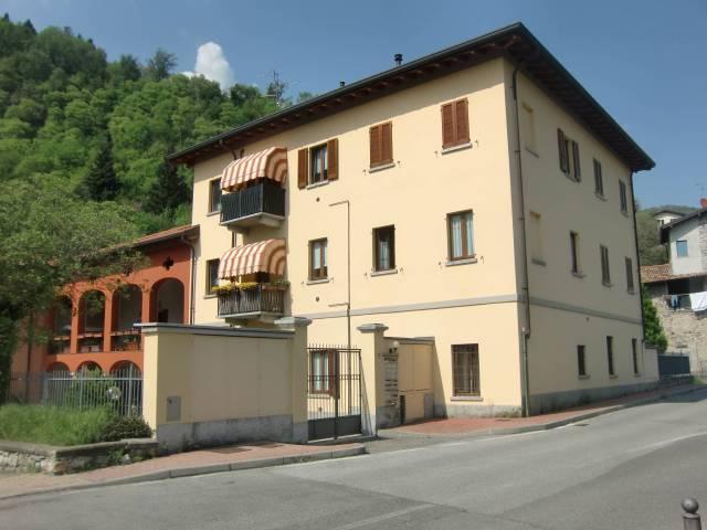 Appartamento in ottime condizioni in vendita Rif. 6404026