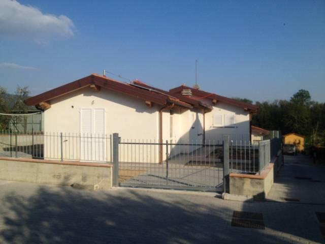 Villa in Vendita a Larciano Centro: 3 locali, 95 mq