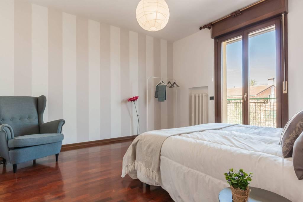 Appartamento in buone condizioni in vendita Rif. 6404762