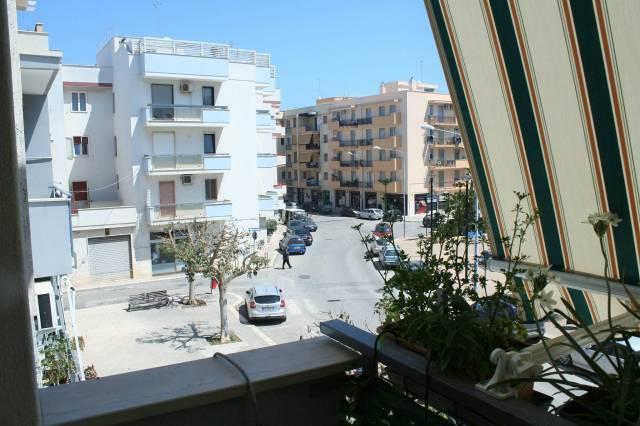 Appartamento da ristrutturare in vendita Rif. 6212379