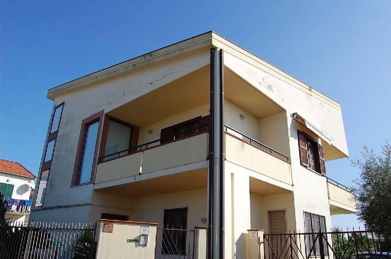 Casa Indipendente in buone condizioni in vendita Rif. 7968652