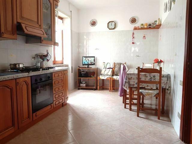 Casa Indipendente in buone condizioni in vendita Rif. 6421186