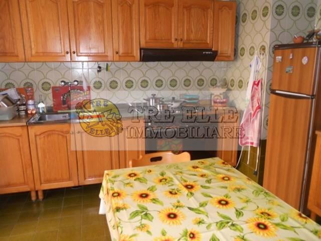 Appartamento in buone condizioni in vendita Rif. 5048405