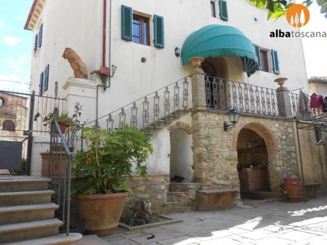 Casa Indipendente in ottime condizioni in vendita Rif. 6416823