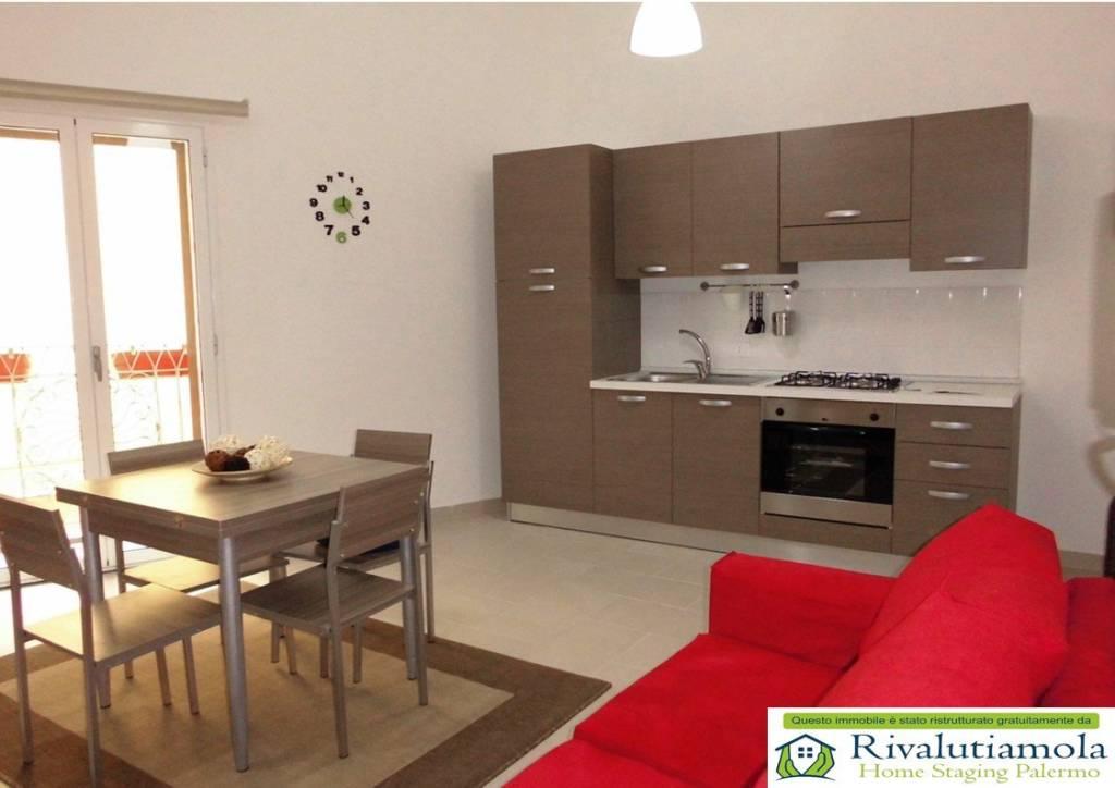 Appartamento in ottime condizioni arredato in vendita Rif. 5782426