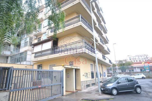 Ufficio-studio in Vendita a Catania Centro: 5 locali, 200 mq