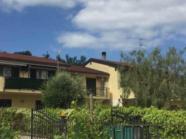 Appartamento in ottime condizioni in vendita Rif. 6431811