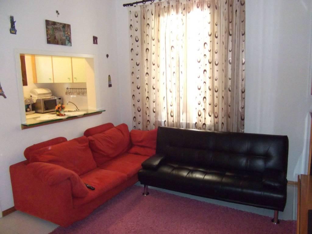 Appartamento in buone condizioni in vendita Rif. 6430819