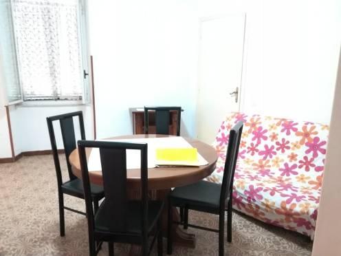 Appartamento in buone condizioni arredato in affitto Rif. 6430280