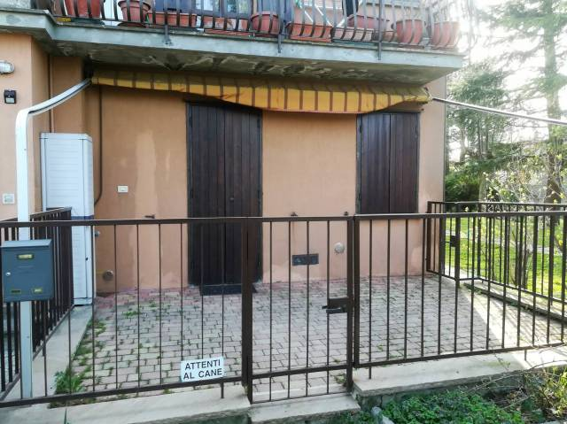 Appartamento in buone condizioni parzialmente arredato in vendita Rif. 6448793