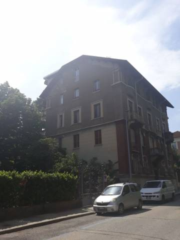 Appartamento in Affitto a Torino Semicentro: 3 locali, 75 mq
