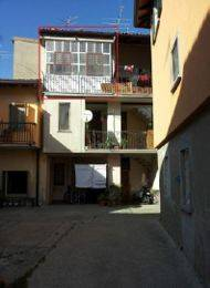 Appartamento in buone condizioni in vendita Rif. 9291490