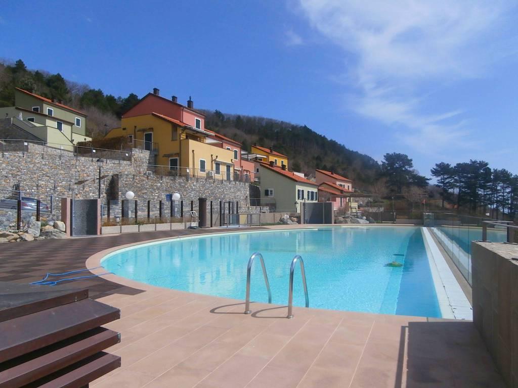Appartamento in ottime condizioni arredato in vendita Rif. 6451283