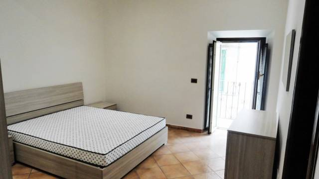 Appartamento in ottime condizioni arredato in affitto Rif. 6447206