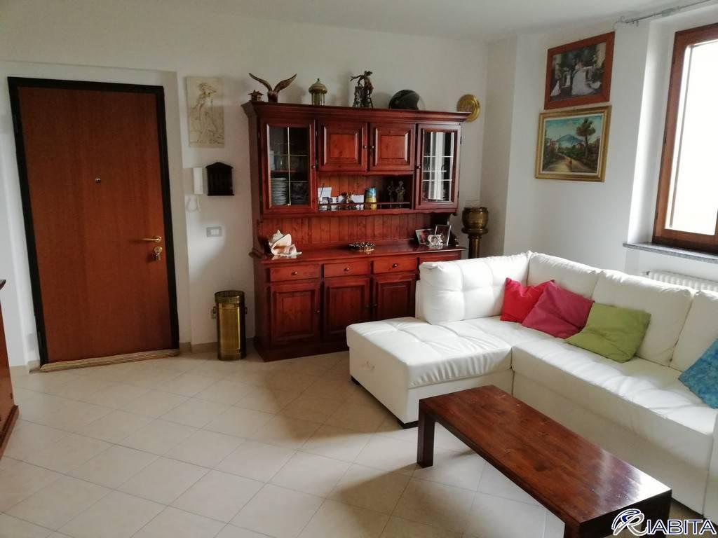 Appartamento in Vendita a Rivergaro Periferia: 4 locali, 124 mq