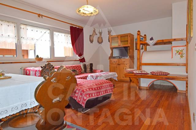 Villa in buone condizioni arredato in vendita Rif. 6450702