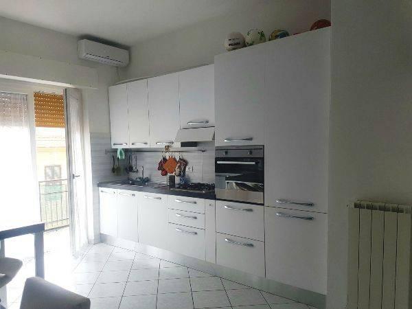 Appartamento in vendita a Ladispoli, 3 locali, prezzo € 129.000 | CambioCasa.it