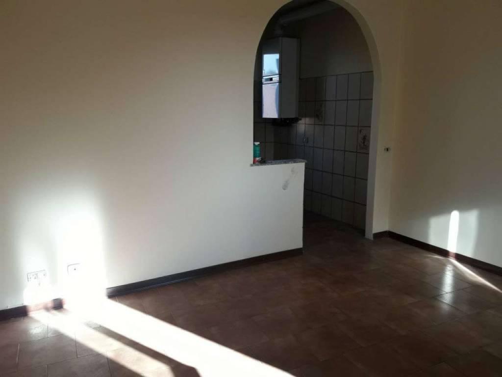 Appartamento in vendita a Lurate Caccivio, 3 locali, prezzo € 90.000 | CambioCasa.it