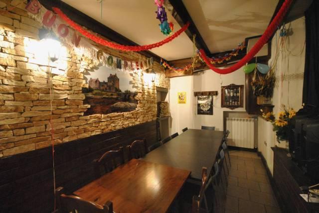 Pub / Discoteca / Locale in vendita a Malnate, 1 locali, prezzo € 70.000 | CambioCasa.it