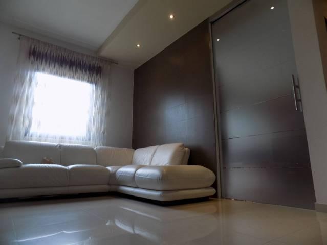 Appartamento in ottime condizioni in vendita Rif. 6465397